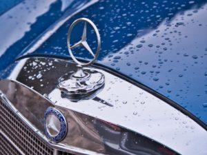 Logo étoilé Mercedes